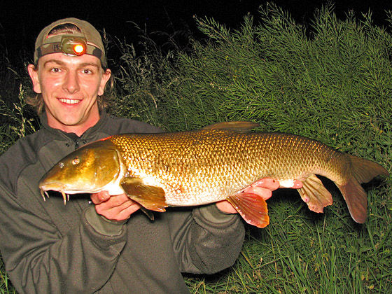 Fishing for Double Figure 10lb Barbel on the River Dove, with Andrew Kennedy of Just-Fish.co.uk