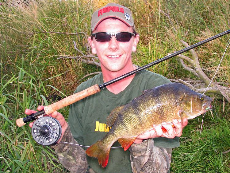 Perch 2lb15oz 210710 fishing website of andrew kennedy for Lake acworth fishing
